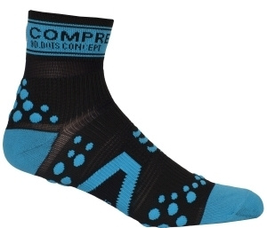 Носки COMPRESSPORT V2 RUN HI черно-синие фото 18760